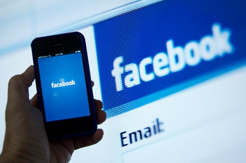 Facebook Móvil